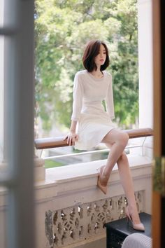 Wooden eared fake two-piece halter neck collar off-shoulder skirt from FE CLOTHING Korean Beauty, Asian Beauty, Asian Woman, Asian Girl, Fashion Models, Girl Fashion, Yoon Sun Young, Korean Model, Tumblr Outfits