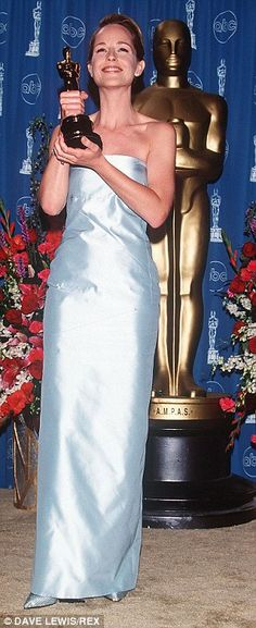 Helen Hunt's robin's egg blue Tom Ford for Gucci dress kept it simple in 1998...
