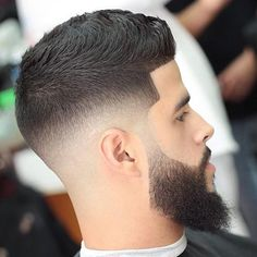 Top Beard Fade Styles - Mid Skin Fade with Line Up and Long Beard Fade Haircut With Beard, Skin Fade With Beard, Medium Fade Haircut, Mid Skin Fade, Beard Haircut, Beard Fade, Thick Beard, Short Beard, Hair Trends