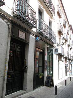 Motha Restaurante, Barrio de Las Letras. Madrid by voces, via Flickr