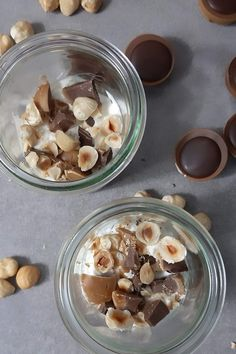 How to make a great Toffifee dessert with only 4 ingredients - How to make an ingenious toffiffee dessert with only 4 ingredients - Breakfast Bowls, Breakfast Recipes, 4 Ingredient Desserts, Mousse Dessert, Chocolate Mousse Recipe, Rice Recipes For Dinner, Five Ingredients, Diy Food, Stuffed Peppers