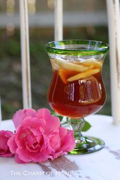 Strawberry apple iced tea