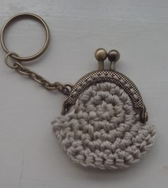 My first crochet purse! Tablet Cover, Crochet Purses, Keychains, Personalized Items, Mini, Bags, Sachets, Crocheted Bags, Purses