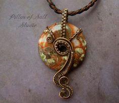 Slikovni rezultat za wire wrapped donut pendants