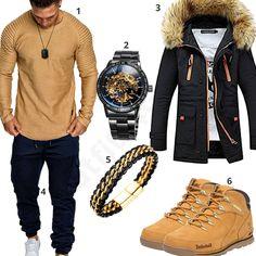 Lässiger Street-Style für Herren mit beigem Amaci&Sons Longsleeve und Jogginghose, schwarzem Newbestyle Mantel, schwarz-goldener Alienwork Uhr, Halukakah Armband und Timberland Boots. #outfit #style #herrenmode #männermode #fashion #menswear #herren #männer #mode #menstyle #mensfashion #menswear #inspiration #cloth #ootd #herrenoutfit #männeroutfit