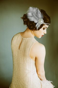Flapper Headpiece Vintage Inspired Bridal Headband The Great Gatsby Party Roaring Flapper Headpiece, Vintage Headpiece, Bridal Hairpiece, Flapper Hair, 1920s Headband, Flapper Costume, Great Gatsby Fashion, The Great Gatsby, Gatsby Style