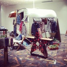 Interesting caravan #popupshop #trendspotted in #omotesando during our #tokyofashiontour.com about #vmd