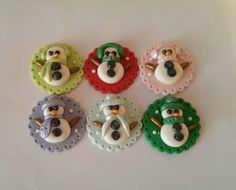 Holiday Snowmen. Fondant Cupcake, Cookie, Cake Toppers. Set of 12 (one dozen)
