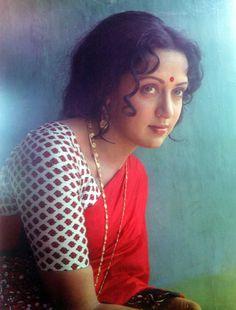 Vintage Bollywood, Indian Bollywood, Bollywood Fashion, Bollywood Actress, Bollywood Stars, Beautiful Muslim Women, Beautiful Indian Actress, Beautiful Actresses, Indian Actresses