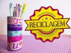 Porta canetas feito de reciclagem de rolinho de papel  http://www.garotacriatividade.com/reciclagem-porta-canetas/  #recycle #reciclagem #diy #handmade #artesanato #3m #scotch