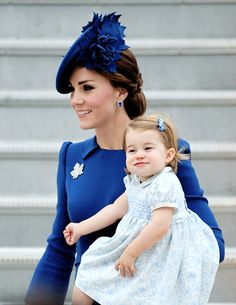 The Duchess of Cambridge and Princess Charlotte arrive at the Victoria Airport in Victoria, Canada. September 24, 2016.