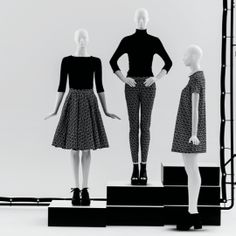 ONE Collection #MoreMannequins #FemaleMannequins #WindowDisplay #minimal