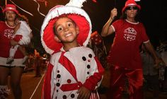 Del Viso y Derqui vivieron una noche a puro Carnaval