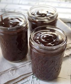Chocolate Hazelnut Spread (homemade Nutella with coconut oil)