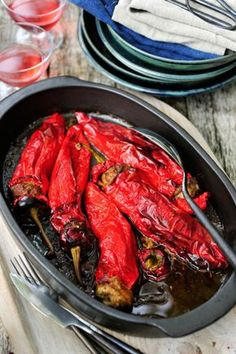 Koken met Pascale: Lange zoete paprika's opgevuld met kippengehakt en kruiden