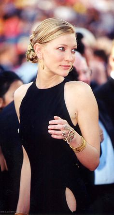 Cate Blanchett 72nd Annual Academy Awards - March 26th, 2000 - 034 - Cate Blanchett Fan | Cate Blanchett Gallery