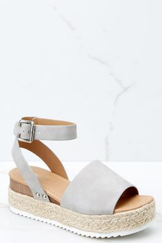 Know the way to you Gray Flatform Sandals - # - Frauenschuhe Mode - shoes Shoes 2018, Prom Shoes, Wedding Shoes, Women's Dress Shoes, Dance Shoes, Platform Wedges Shoes, Wedge Shoes, Strappy Shoes, Shoes Heels Wedges