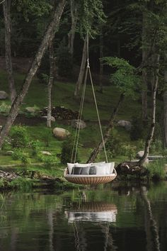 Swing is not just a toy for children. Even adults can enjoy this swing to relax and relax after a long and tiring day. With the swing in your home, it will further add to the beauty of the house, a… Outdoor Hanging Bed, Hanging Beds, Outdoor Decor, Outdoor Beds, Outdoor Lounge, Outdoor Rooms, Outdoor Hammock, Hanging Chairs, Outdoor Kitchens