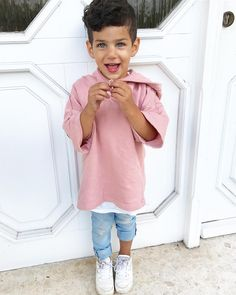 Miss this tan on Didi 🌞 Baby Boy Dress, Baby Boy Swag, Toddler Boy Fashion, Toddler Boy Outfits, Boys Summer Outfits, Kids Outfits, Cute Baby Wallpaper, Baby Boy Photography, Stylish Kids