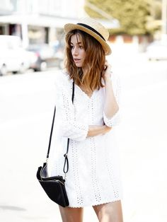 Carmen Hamilton of The Chronicles of Her looked effortlessly chic in a white summer dress and panama hat.