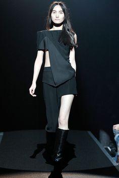 Maison Margiela - Fall 2009 Ready-to-Wear - Look 8 of 46