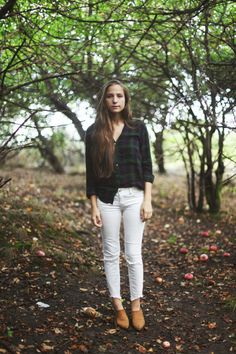 How to Wear White Jeans in the Fall | StyleCaster