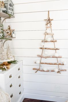 Farmhouse Christmas: Tips on How to Affordably Decorate Christmas Shelves Farmhouse Christmas: Tips on How to Affordably Decorate Christmas Shelves Always aspired to discover how to knit, nevert. Ornaments Design, Diy Christmas Ornaments, Handmade Christmas, Holiday Crafts, Christmas Decorations, Holiday Decor, Aussie Christmas, Christmas 2019, Christmas Holidays