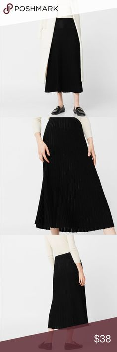 Mango NWT Pleated Long Knit Skirt Fine-knit fabric/ Metallic thread/ Elastic waist/ Flared hem/ Never Worn/ New with tags Mango Skirts