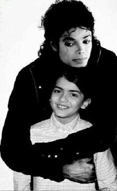 Michael Jackson and Blanket edit