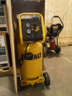 AMP air moving products 60 gallon 140 PSI air compressor