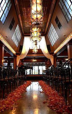 28 stunning wedding venues in around seattle pinterest wedding lake union cafe seattle wedding venue junglespirit Images