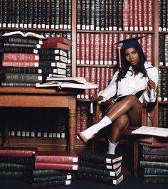 Nursing Graduation Pictures, Graduation Look, Graduation Picture Poses, College Graduation Pictures, Graduation Photoshoot, Grad Pics, Senior Picture Outfits, Graduation Ideas, Senior Pics