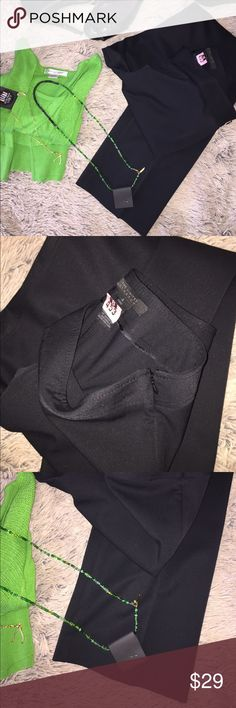 """The Limited Tall 4; side zip exact stretch pant Tall ladies!  Freshly dry cleaned, and like NEW; The Limited's side zip, boot cut pleated black dress pants sized 4.  If you haven't tried these; they'll become a fast favorite and a major closet staple!  Will pair extremely well with many items in closet to bundle up and save more!!  62poly/34viscose/4% Lycra Desirable 32"""" inseam The Limited Pants Straight Leg"""