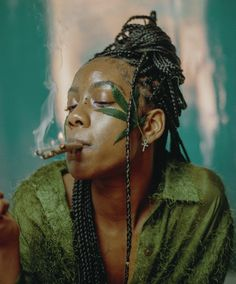 The Cannabis School Women Smoking, Girl Smoking, How To Roll Blunt, How To Roll Weed, People Smoking Weed, Cannabis, Rolling Blunts, Smoking A Blunt, Weed Art
