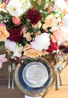 6 Unique Wedding Menu Card Ideas Featuring Elegant Lucite