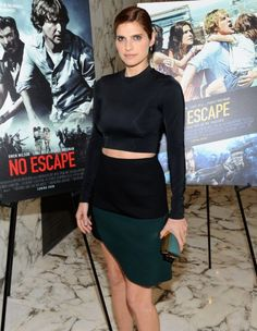 It's off to Emerald City for Lake Bell, clutching a Kotur minaudière.