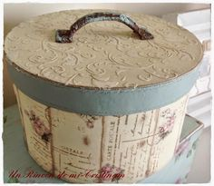 Shabby Chic Interior Design Ideas For Your Home Shabby Chic Crafts, Shabby Chic Interiors, Shabby Chic Decor, Decoupage Box, Decoupage Vintage, Creative Box, Hat Boxes, Pretty Box, Altered Boxes