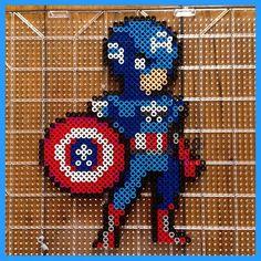 Captain America perler beads by mastablasta3