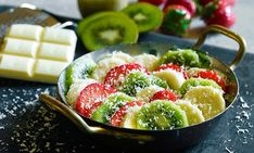 7 desserter du lager på grillen   Oppskrift   EXTRA Best Beer, Fruit Salad, Acai Bowl, Brewing, Breakfast, Desserts, Food, Crickets, Acai Berry Bowl