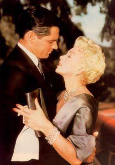 John Gavin as 'Steve Archer' & Lana Turner as 'Lora Meredith' in Imitation of Life (1959)