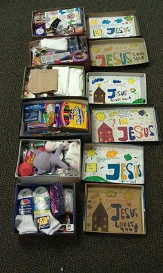 Get your kids involved in the shoebox packing process by having them decorate the lids! Christmas Child Shoebox Ideas, Operation Christmas Child Shoebox, Kids Christmas, Christmas Gifts, Geek Crafts, Diy Crafts, Shoebox Crafts, Shoe Box Appeal, Operation Shoebox