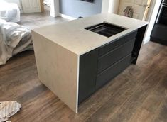 Corian Rain Cloud Breakfast bear with Hob. Kitchen Worktop, Granite Kitchen, Corian Rain Cloud, Corian Worktops, Corian Solid Surface, Work Tops, Filing Cabinet, Craftsman, Kitchen Design