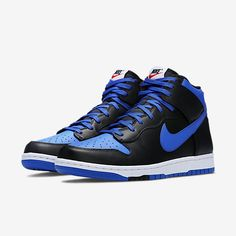 Find out all the latest information on the Nike Dunk High CMFT Black Blue Best Sneakers, Sneakers Nike, Sneaker Release, Nike Dunks, Weekend Is Over, Air Jordans, Kicks, Menswear, Stuff To Buy