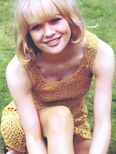 Net Image: Judy Geeson: Photo ID: . Picture of Judy Geeson - Latest Judy Geeson Photo. Sally Geeson, Judy Geeson, English Actresses, British Actresses, Actors & Actresses, Pretty People, Beautiful People, Beautiful Women, Cool Blonde