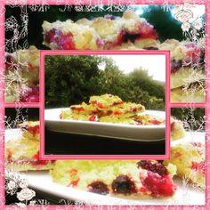Mixed Berry Crumble - perfect for summer days # busybakes #crumble #fruitcrumble #berries #baking #recepies #desert #backen #streuselkuchen #rezeptezumnachmachen Berry Crumble, Delicious Deserts, Mixed Berries, Summer Treats, Yummy Cakes, Make It Yourself, How To Make, Bakken, Summer Snacks