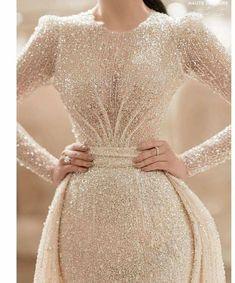 Fancy Wedding Dresses, Wedding Dress With Veil, Wedding Dress Train, Wedding Dress Sleeves, Wedding Gowns, 15 Dresses, Nice Dresses, Evening Dresses, Formal Dresses