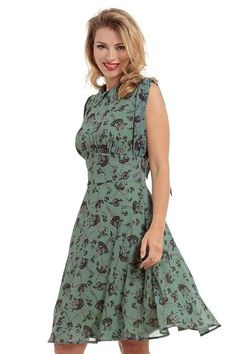 One Direction Clothing is one of the leading Wholesale Clothing Suppliers. We manufacture high quality Vintage Clothing, Retro Clothing and Alternative Clothing. Vintage Inspired Fashion, 1960s Fashion, Vintage Fashion, 50s Outfits, Vintage Outfits, Fashion Outfits, Vintage Clothing Uk, Ballerina Dress, Wholesale Clothing