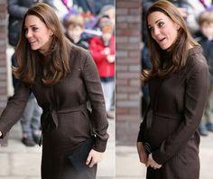 Duquesa de Cambridge, Kate Middleton exibe sua barriga de seis meses de gravidez em evento em Londres (Foto: Getty Images)