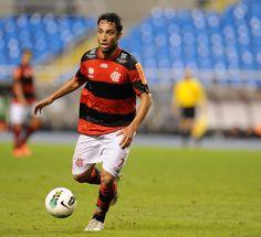 Clube de Regatas do Flamengo    Site oficial do Clube mais querido do  Brasil    Beta - Flamengo x Coritiba - Brasileiro 2012 (09.06) 22faf44ede144