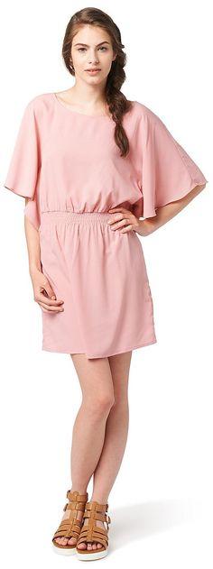 Kleid im Poncho-Stil für Frauen (unifarben, weite Fledermausärmel und Rundhals-Ausschnitt) aus luftigem Chiffon, gesmokte Taillenpartie. Material: 100 % Polyester...